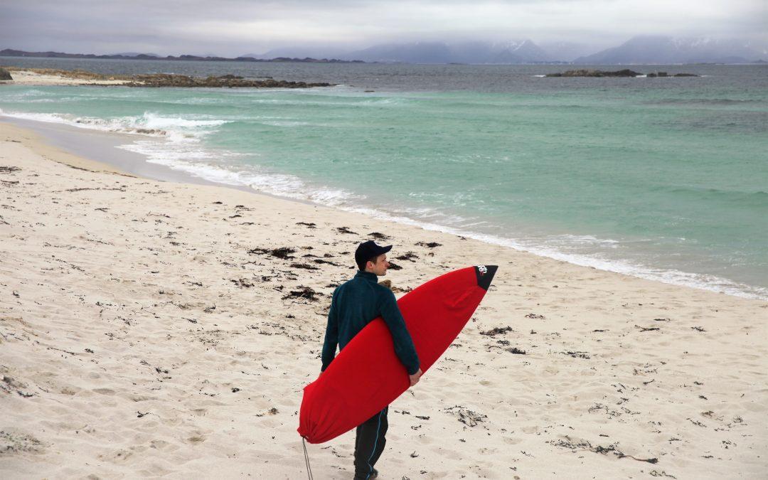 Lever ut legedrømmen i nordnorsk surfeparadis